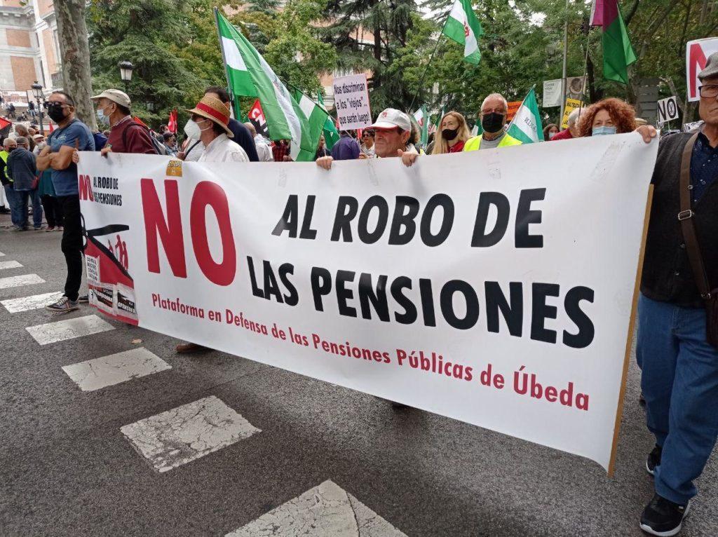 Crónica de la manifestación del 16 de octubre, de la Caja de las pensiones lo que nos sobran son ladrones